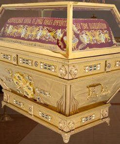 Гробница с литьем под плащаницу