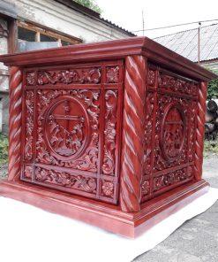 Церковные магазины предлагают престолы