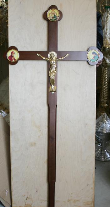 Крест из дерева для процесий