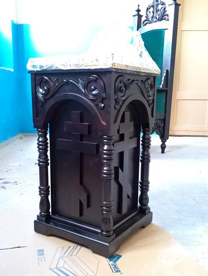 Панихидный стол с дверцей